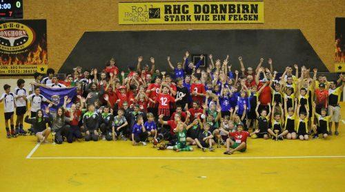 Das internationale Rollhockey-Turnier sorgte für sportliche Begeisterung auf dem Platz und auf der Zuschauertribüne.cth