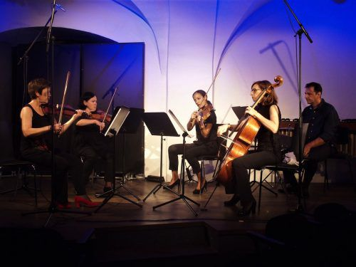 """Das Koehne Quartett spielte das Stück """"Einklang freier Farben"""" von Dietmar Kirchner. JU"""
