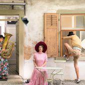 Café Fuerte lädt zur Theater-premiere in den Klostergarten