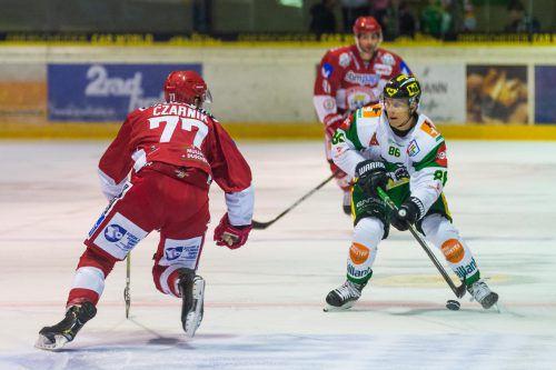 David König und der EHC Lustenau zeigten ein gutes Spiel gegen Landshut. VN/Stiplovsek