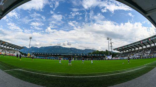Der besondere Blick von der Trainerbank auf das Spielfeld in der Cashpoint Arena. Zuletzt blieb Altach im Heimstadion zweimal ohne Sieg.VN-Lerch
