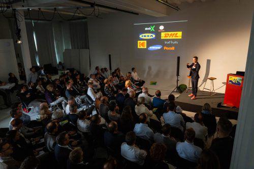 Der Digital Leadership Day im Fotostudio von Fasching in Bregenz fand heuer vor ausverkauftem Haus statt. Fasching