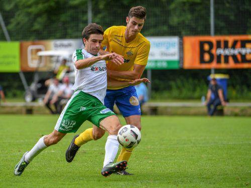 Der Dornbirner Andreas Röser (27/vorne) ist mit acht Ligatreffern der Top-Torjäger seines Teams, gegen die Altacher sollen weitere Tore folgen.VN/LERCH
