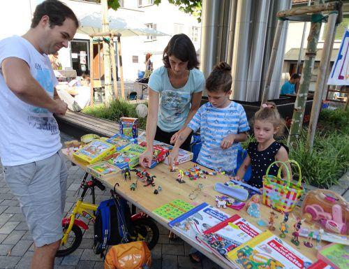 Der Hohenemser Aktivsommer ging mit dem traditionellen Kinderfest mit Spielzeugflohmarkt und Postenlauf zu Ende. tf