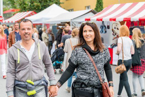 Der Junker Jonas Markt in den Straßen rund um das Schlössle ist ein beliebter Treffpunkt für alle Kunsthandwerks- und Marktbegeisterten. Hotz