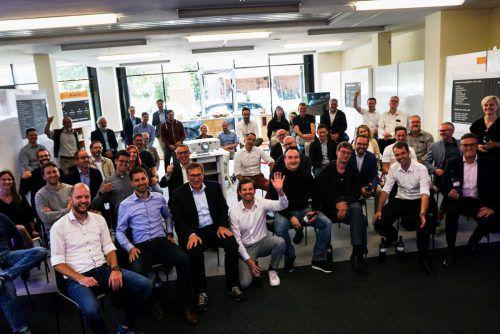 """Der """"Plattform V"""" haben sich mittlerweile 34 Unternehmen angeschlossen, die sich mittels persönlichem Einsatz und einem Mitgliedsbeitrag einbringen. IV"""