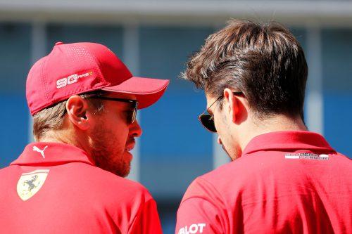 Die Ferrari-Stars Sebastian Vettel und Charles Leclerc haben momentan das Heu nicht auf der gleichen Bühne.Reuters