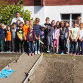Ein Schulgarten für Fraxerns Volksschule