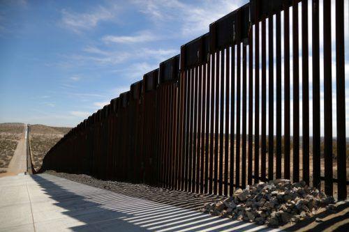 Die Grenze zwischen USA und Mexico wird immer dichter. reuters