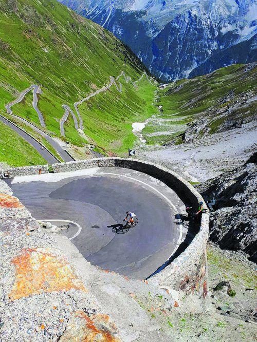 Die Rankler Radsportler bei der spektakulären Auffahrt auf das Stilfserjoch.Verein
