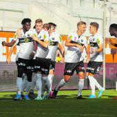 SCR Altach gegen den SV Mattersburg anfeuern