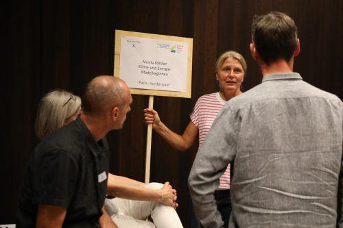 Die Teilnehmer diskutierten, wie sie sich vernetzen können.A. TschögL