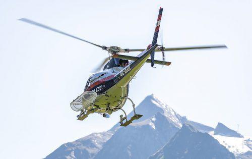 Die Verletzten und der Tote wurden mit den Helikoptern abtransportiert. APA