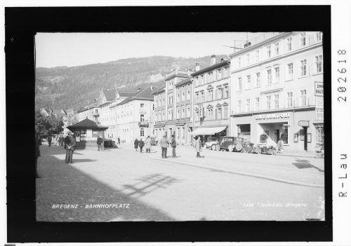 Eine Ansicht der Bahnhofstraße aus vergangenen Tagen.
