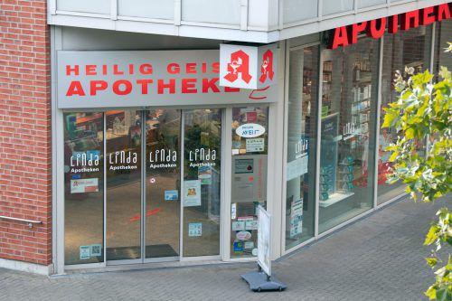 Eine junge Mutter und ihr Neugeborenes starben, nachdem die werdende Mutter ein Glukose-Mittel aus einer Kölner Apotheke eingenommen hatte. DPA