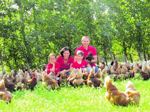 """""""Eine schöne Aufgabe – gemeinsam mit unseren bäuerlichen Partnern gesunde Lebensmittel in Vorarlberg herzustellen"""", freut sich Familie Martin in Buch."""