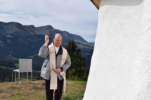 Er bat Gottes Segen: Dekan Hubert Ratz.