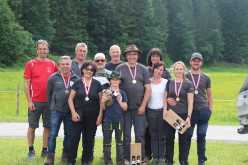 Erst vor drei Jahren gegründet – und doch schon sportliche Erfolge eingeheimst: der Jagdbogenverein Meiningen.Christof Egle