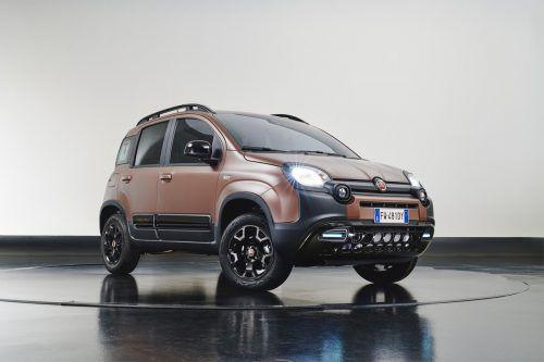 Fiat bietet den Panda City Cross ab sofort in der neuen Ausstattung Trussardi an. Der mit Designern der gleichnamigen Lifestyle-Marke aufgelegte Kleinwagen verfügt unter anderem über Sitzbezüge, die braune Textil- mit schwarzen Lederelementen kombinieren. Einzig verfügbare Motorisierung für den Panda Trussardi ist der 1,2-Liter-Benziner mit 69 PS.