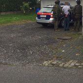 In Wolfurt ist am Donnerstag ein Mann mit Schusswaffe festgenommen worden. B1