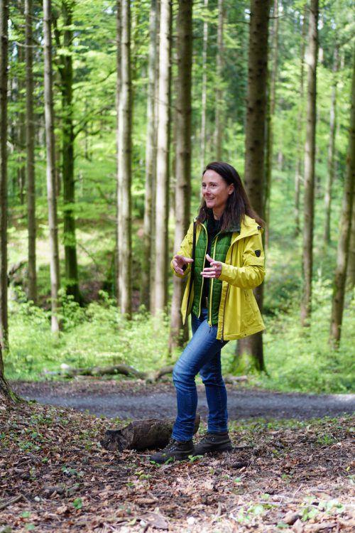 Für Karin Müller-Vögel ist der Wald wie ein zweites Zuhause.peintner