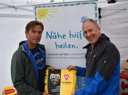 Für SCR Altach-Trainer Alex Pastoor und McDonald's Vorarlberg Loek Versluis war das Benefizspiel zugunsten der Ronald McDonald's Kinderhilfe ein Erfolg.VN