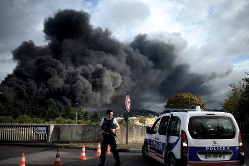 Gebäude im Umkreis von 500 Metern wurden evakuiert. AFP
