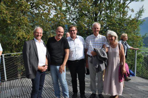 Harald Sonderegger, Dietmar Nigsch, Christoph Thoma und Josef Türtscher mit Gattin Susanne unterhielten sich bestens.