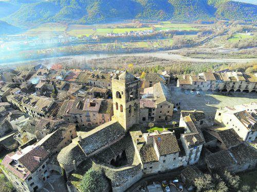 In den Gassen von Ainsa fühlt man sich ins Mittelalter zurückversetzt.