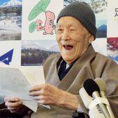 Japans Club der Hundertjährigen feiert einen Rekord