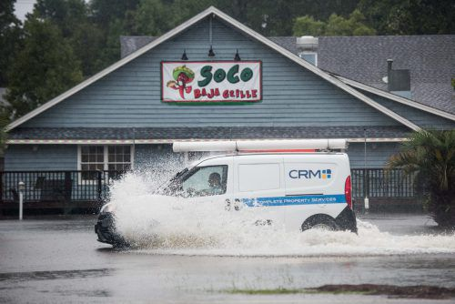 In South Carolina kam es zu ersten Überschwemmungen. AFP