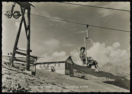In Tschagguns-Grabs wurde 1947 der erste Sessellift Vorarlbergs eröffnet, der dann später auch im Sommer in Betrieb war.