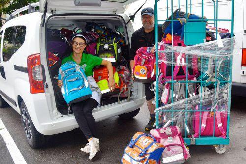 Insgesamt wurden in den vergangenen sieben Jahren an die 1500 Schultaschen für bedürftige Kinder gesammelt. MEL