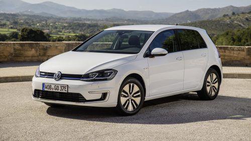 Kann flexibel zu Hause und unterwegs geladen werden: der E-Golf. VW
