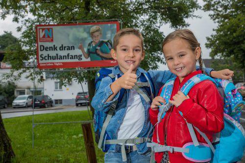 """Kinder auf dem Schulweg: Die VN appellieren mit ihrer Aktion """"Denk dran Schulanfang"""" für Rücksichtnahme im Verkehr. VN/Steurer"""