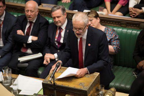 Labour-Chef Corbyn traf sich mit anderen Partei- und Fraktionschefs, um das Stimmverhalten abzusprechen. UK Parliament/Jessica Taylor
