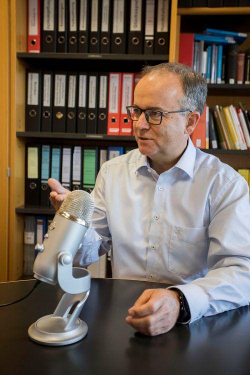"""Wahlleiter Gernot Längle sprach mit der """"VN-Woche"""". VN/Paulitsch"""