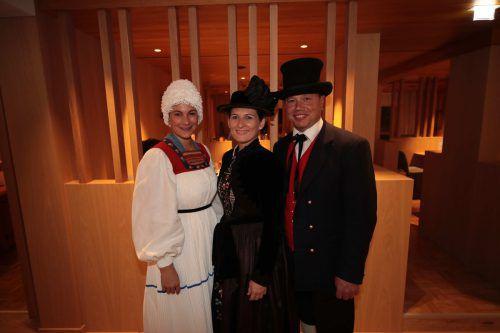 Lisa Bohle mit Alexandra Battlogg und Egon Erhard.
