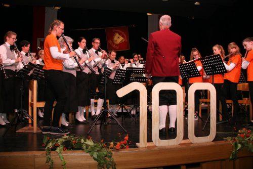 Musikalische Beiträge standen im Zentrum des 100-Jahr-Jubiläums der Sonnenberger Harmoniemusik im Sonnenbergsaal. Verein