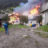 Frau nach Supermarkt-Explosion in Tirol verschüttet