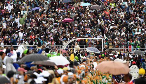 Papst Franziskus hielt seine Messe im Stadion von Maputo. AFP