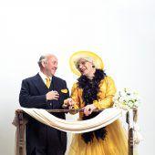Oma Lilli lädt zur Hochzeit ein