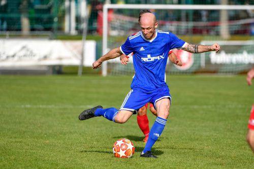 Röthis-Spielertrainer Mario Bolter spielte beim ersten Saisonsieg ganz stark. Lerch