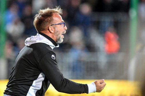 Roman Mählich (gr. Bild) sah bei seinem Trainerdebüt viel Gutes von seiner Austria.gepa/3