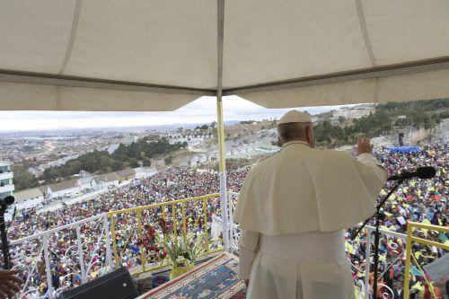 Rund eine Million Gläubige nahmen an dem Gottesdienst in Madagaskar teil. AFP
