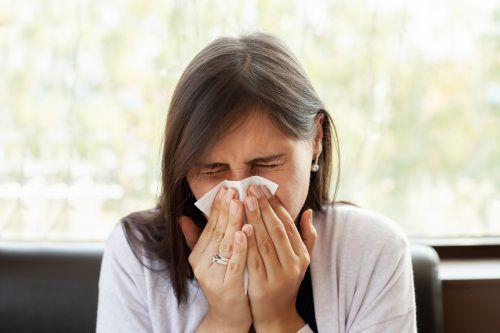 Über 160 verschiedene Rhinoviren sorgen für Schnupfen und grippale Infekte.