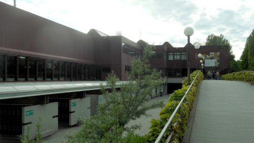 26 Architekturbüros sollen Entwürfe für den Neubau des Hallenbades vorlegen.
