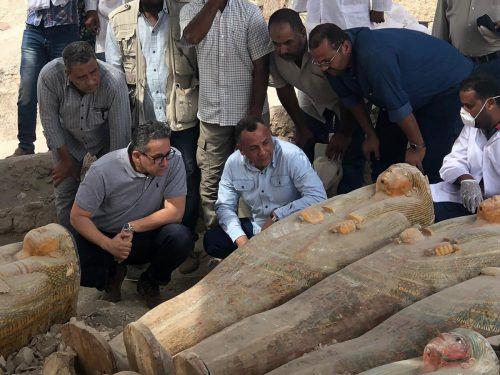 30 bunte, gut erhaltene Särge sind in der Grabstätte Al-Asasif gefunden worden. ap
