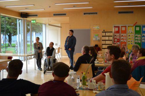 Alex Raggl und Manny Schäfer erzählten von ihrer Arbeit als Selbstvertreter und Werkstätten-Sprecher.Caritas Vorarlberg