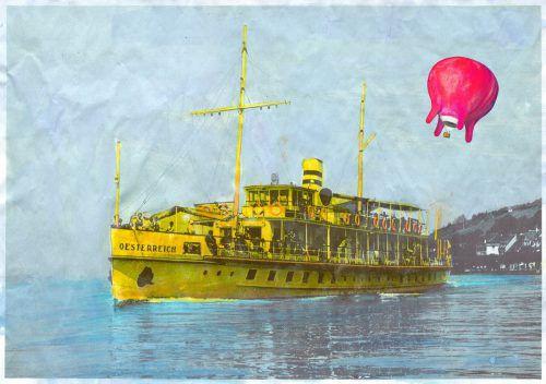 Arbeit von Barbara Anna Husar: Die Postkartenidylle mit Schiff und Ballon schärft den Blick für Themen, die mit der Skulptur der Künstlerin angestoßen werden. Husar